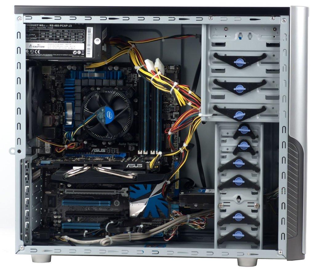 компьютер перезагружается